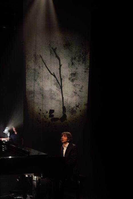 Thomas Fersen en concert au Louvre-Lens