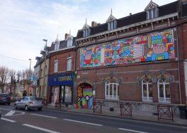 fresque-bâche-sallaumines la ville de Sallaumines la Maison Ambroise Croizat pépinière d'entreprises créatives avec l'appel à candidatures avec la MAC cacestculte