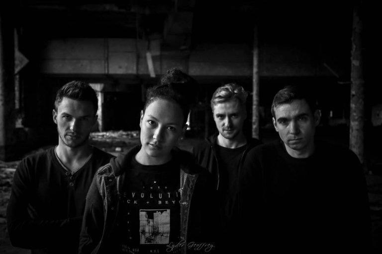 Découvrez le nouveau single de Fall Flavored ♫ Onlife