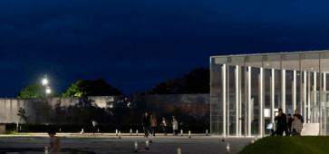 Louvre-Lens : Nuit des musées 2019 - une nuit avec Homère La Nuit des musées au Louvre-Lens c'est gratuit et c'est homérique Musée du Louvre-Lens Frédéric Iovino
