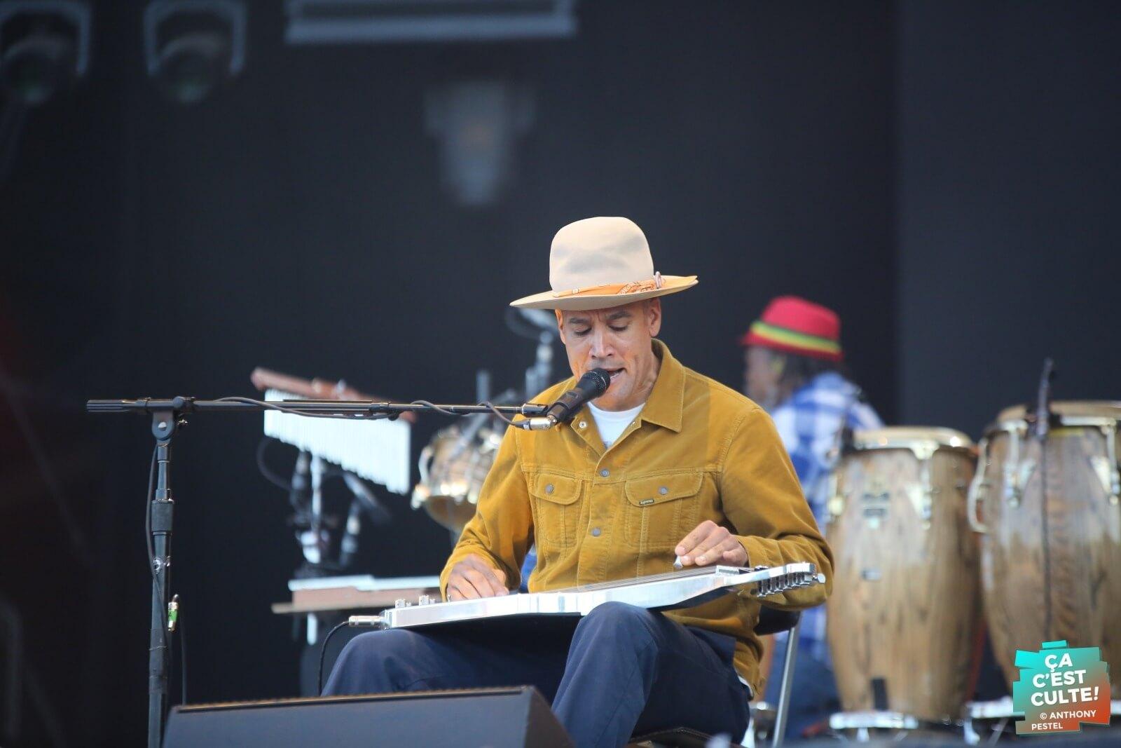 Ben Harper sur la main stage ! Crédit photo : Anthony Pestel