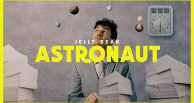 Jelly Bean - Astronaut clip video