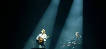 Alain Souchon et Suzane Grimm au Zénith de Lille © Anthony PESTEL