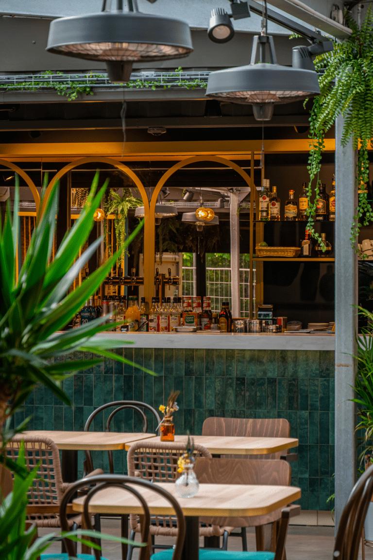 Ouverture du nouveau bar-brasserie Oasis à Lille (2021)